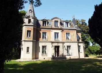 Thumbnail 4 bed country house for sale in Beauvais, Oise, France