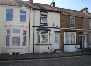 Thumbnail 2 bed terraced house to rent in Green Street, Gillingham