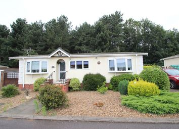 Thumbnail 2 bed mobile/park home for sale in Woodside, Martlesham Heath, Ipswich