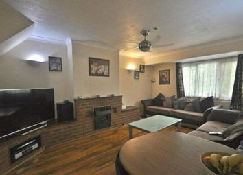 3 bed maisonette to rent in Shakespeare Avenue, Hayes UB4