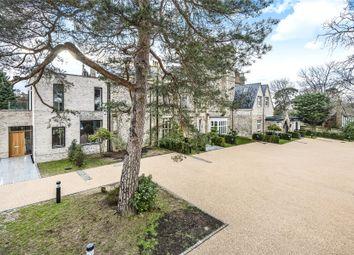 Thumbnail 3 bedroom flat for sale in Ravensbourne, Westerham Road, Keston