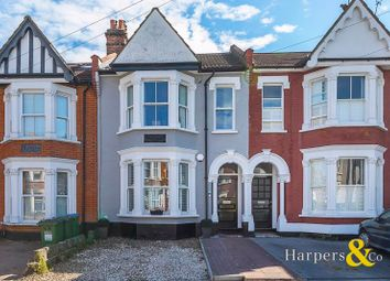 3 bed property for sale in Kinveachy Gardens, London SE7