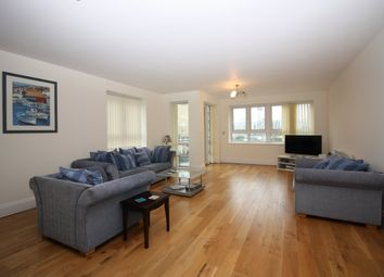 Thumbnail 3 bed flat to rent in St Davids Square, Lockes Wharf, Canary Wharf