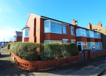 1 bed flat to rent in Cameron Avenue, Blackpool, Lancashire FY3