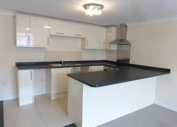 Thumbnail 2 bed flat to rent in London Road North, Lowestoft