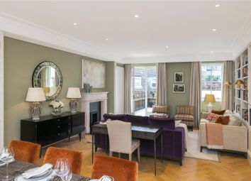 Thumbnail 3 bedroom flat for sale in Chesham Street, London