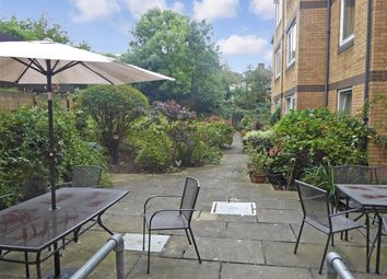 Thumbnail 1 bedroom flat for sale in Kings Head Hill, London