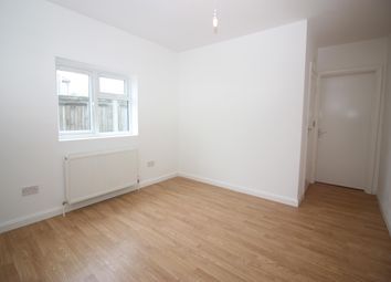 Thumbnail Studio to rent in Red Lion Road, Tolworth, Surbiton