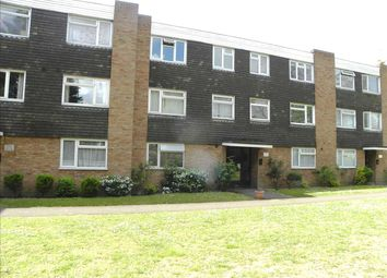 Thumbnail 1 bedroom flat for sale in Hill Rise, Langley, Slough