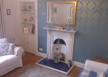 Thumbnail 3 bed flat to rent in 13 Inch Head Terrace, Perth