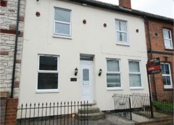 Thumbnail 9 bed terraced house for sale in Elgar Road, Reading, Berkshire
