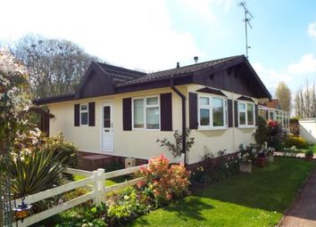 Thumbnail 2 bed mobile/park home for sale in Four Horseshoes Park, Seasalter Road, Graveney, Faversham