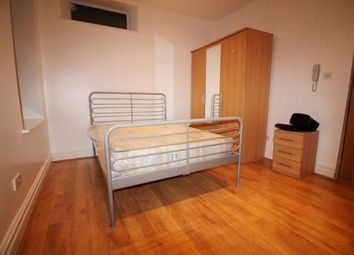Room to rent in Church Street, London N9