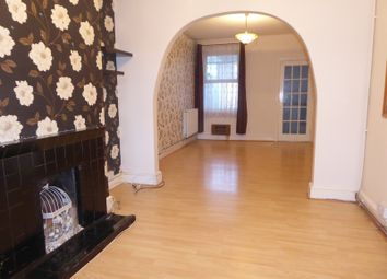 Thumbnail 3 bed property to rent in Waterlow Road, Dunstable