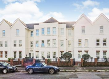 Carlton Road South, Weymouth DT4. 2 bed flat