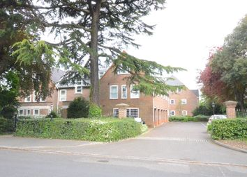 Thumbnail 2 bedroom flat to rent in Westcote Road, Reading