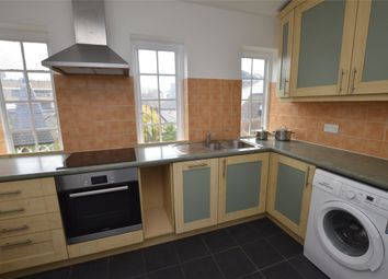 3 bed property to rent in Brighton Road, Purley CR8
