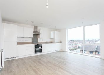 Thumbnail 1 bed flat to rent in New North Road, Ilford