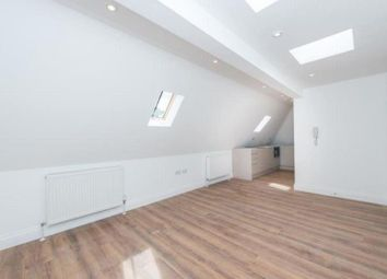 Thumbnail 2 bedroom flat to rent in Ossulton Way, East Finchley, London