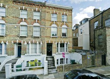 Thumbnail 2 bed flat to rent in Davenant Road, London