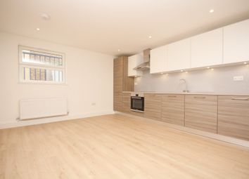 Thumbnail Studio to rent in Steelway Apartments, South Street, Romford