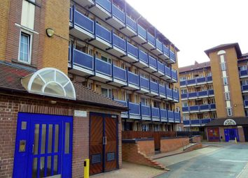 Thumbnail 2 bed flat to rent in Hadleigh Close, London