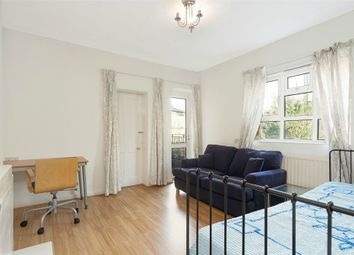 Thumbnail 3 bed flat to rent in Quentin House, Gray Street, London