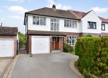 3 Bedrooms Semi-detached house for sale in Billy Lows Lane, Potters Bar EN6
