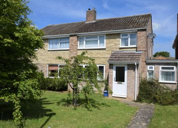 5 bed semi-detached house to rent in Oak Drive, Kidlington OX5