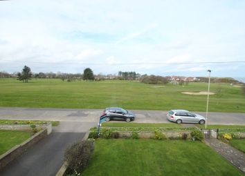 2 bed flat for sale in North Cliff Avenue, Scarborough YO12