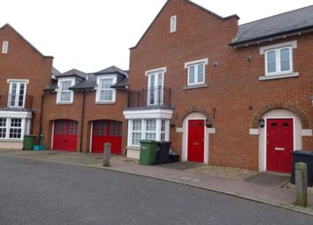 Thumbnail 3 bed property to rent in Calcroft Avenue, Greenhithe