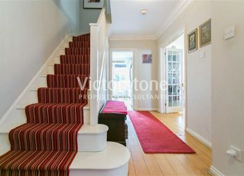 Thumbnail 3 bed mews house to rent in Southgate Road, De Beauvoir Town, London