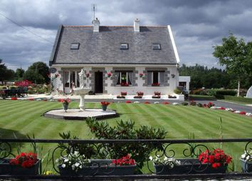 Thumbnail 4 bed town house for sale in 22110 Plouguernével, France