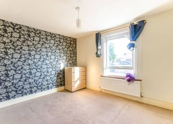 Thumbnail 2 bed property to rent in Ringslade Road, Wood Green