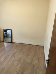 Thumbnail 4 bed flat to rent in Leyton Park Road, Leyton