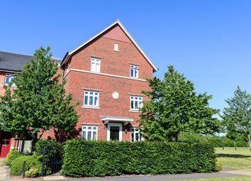 Thumbnail 5 bed detached house to rent in Wyatt Crescent, Lower Earley, Reading