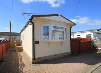 Thumbnail 1 bed mobile/park home for sale in Ladycroft Park, Blewbury, Didcot