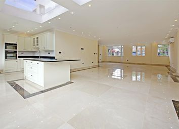 Thumbnail 5 bed detached house to rent in Croft Close NW7, Mill Hill