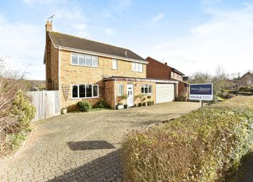 Thumbnail 4 bed detached house for sale in Cleycourt Road, Shrivenham, Swindon