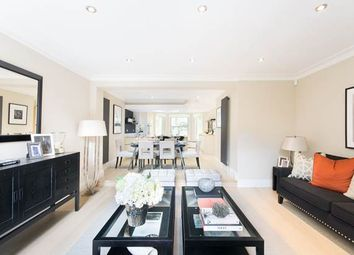 Thumbnail 3 bedroom flat for sale in Holland Park Avenue, London