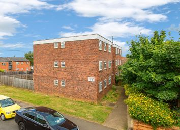 Thumbnail 2 bed flat for sale in Thorngate Street, Kettering