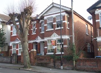 2 bed flat to rent in Wilton Avenue, Southampton SO15