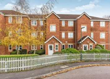 Woodfield Road, Thames Ditton KT7. 2 bed flat