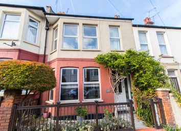 Tintern Avenue, Westcliff-On-Sea SS0. 3 bed terraced house