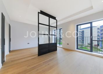 Thumbnail 1 bed flat for sale in Albion House, London City Island, London