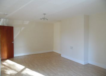2 bed flat to rent in London Road, Leicester LE2