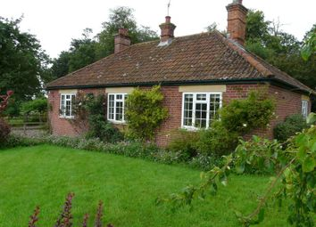Thumbnail 3 bed detached bungalow to rent in Chilton Estate, Hungerford