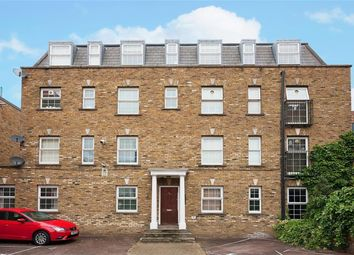 Thumbnail 2 bed flat for sale in Walford Road, London