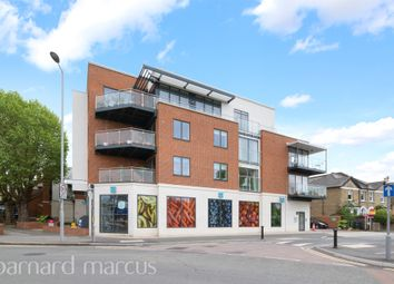 Thumbnail 2 bedroom flat for sale in Ellerton Road, Tolworth, Surbiton