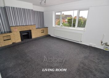 Thumbnail 2 bed flat to rent in Lyneham Road, Luton